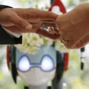 Immagine: Matrimonio celebrato da Robot